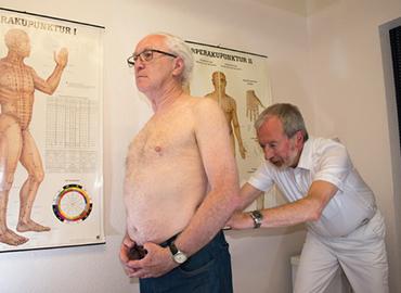 Orthopädie - Praxis - Frankfurt am Main - Rücken, Untersuchung