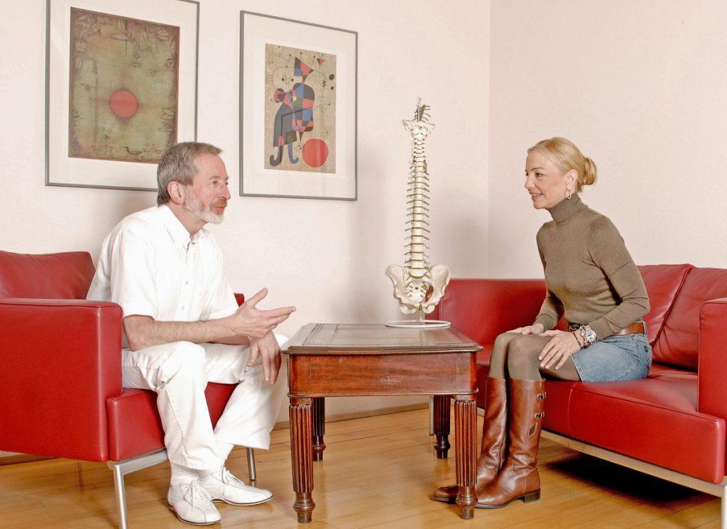 Orthopädie - Praxis - Frankfurt am Main - Untersuchung, Checkup, Behandlung