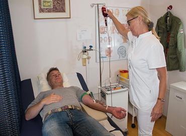 Orthopädie - Praxis - Frankfurt am Main - Untersuchung, Checkup, Behandlung mit OZON-Sauerstoff
